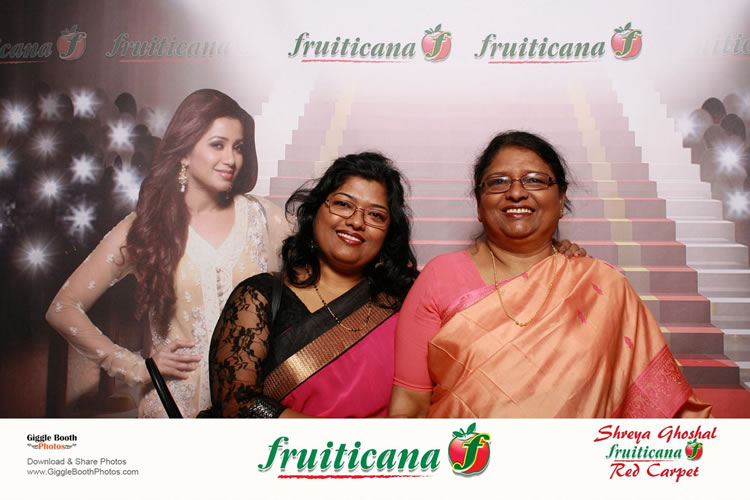 Fruiticana Shreya Ghoshal Concert 2013